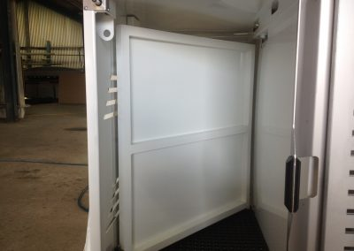 Swinging divider door 2
